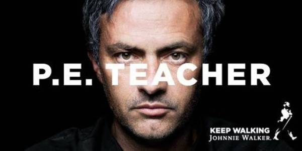 Mourinho keeps walking com a Johnnie Walker