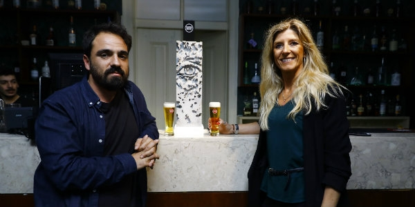 Arte de Vhils serve Super Bock