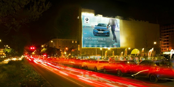 A BMW viaja com Initiative