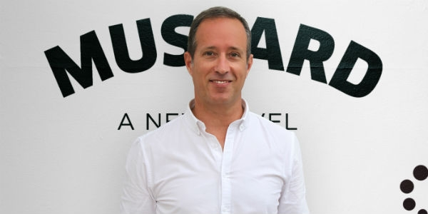 Gustavo põe Mustard no new business